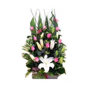 tranquil blooms 10 roses and oriental lilies - All rose colours available