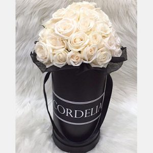 tranquil blooms Champagne Roses Black Box