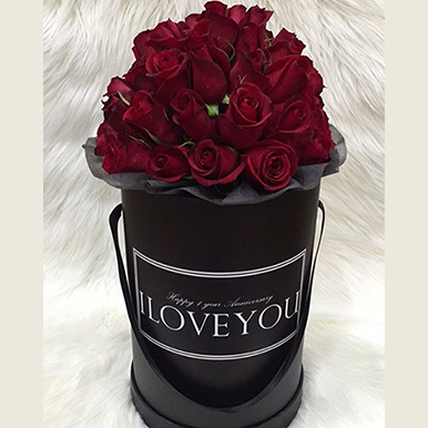 10 roses and oriental lilies - All rose colours available - image IMG_19 on https://tranquilblooms.com.au