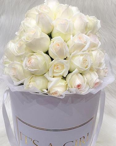 Exquisite Roses White Box - image IMG_5647 on https://tranquilblooms.com.au