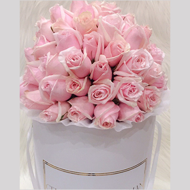 tranquil blooms Blush Pink Roses White Box 2